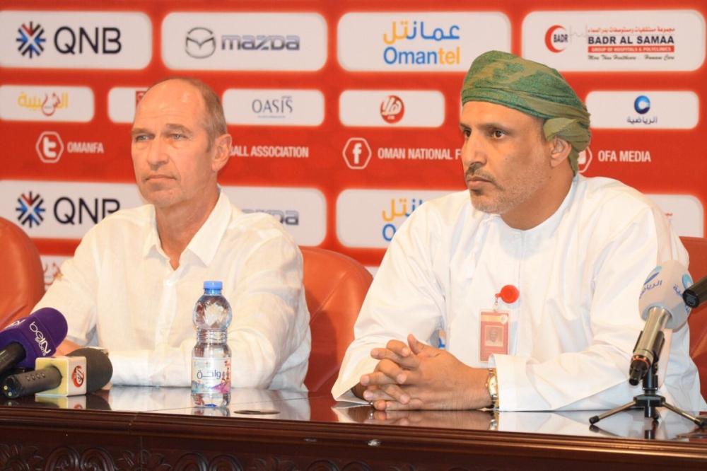 Oman national football coach, Pim Verbeek resigns sparking emergency FA meeting | Al-Sahawat Times